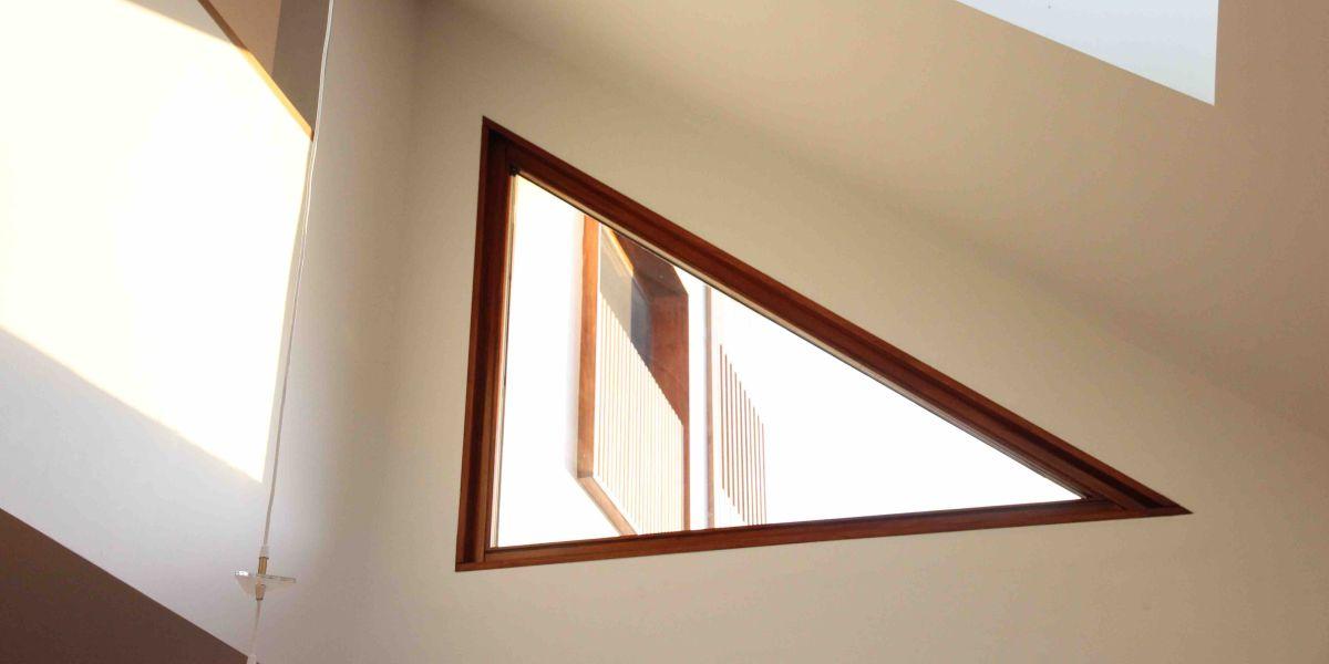 ETW+D_PassiveHouse_Northcote_Triple_Glazed_Accoya_Timber_Triangle_Window