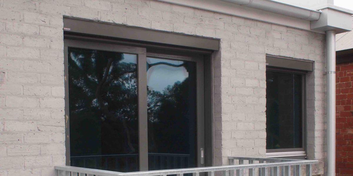 ETW+D_Parkville_Lift_Slide_Door_Tilt_Turn_Window_Blinds