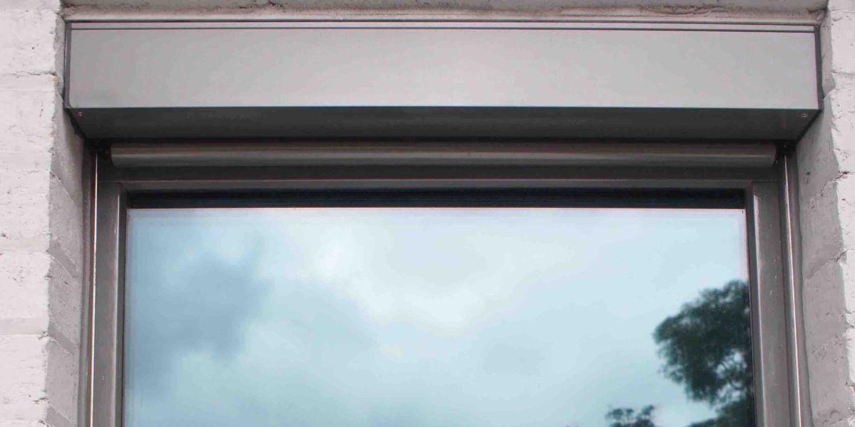 ETW+D_Parkville_Tilt_Turn_Window_Blind 2