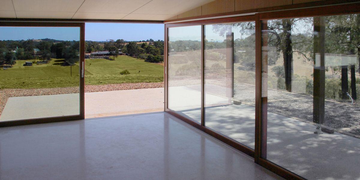ETW+D_KG_Triple_Glazed_Accoya_Timber_Lift_Slide_Doors_Open#4